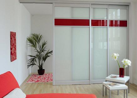 amnagement des astuces de sparation pour petits espaces with separer une chambre en deux. Black Bedroom Furniture Sets. Home Design Ideas
